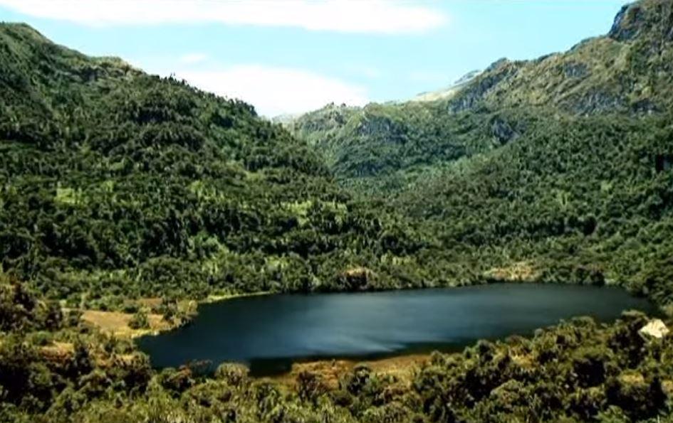 Photo of Laguna de los condores: Convive con la naturaleza e historia