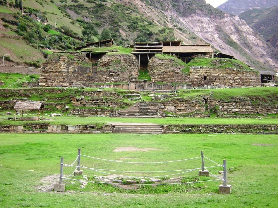 Complejo Arqueológico de Chavín de Huantar