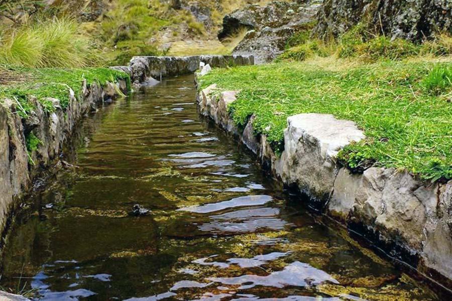 Acueductos preincas en Cumbemayo