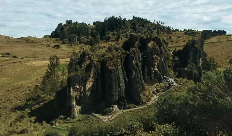 Photo of Cumbemayo y Frailones –  Antiguo Acueducto en un enigmático Bosque de Piedras
