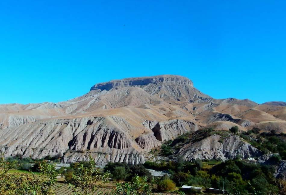 Photo of Cerro Baúl: Formación geológica que alberga misterios arqueológicos