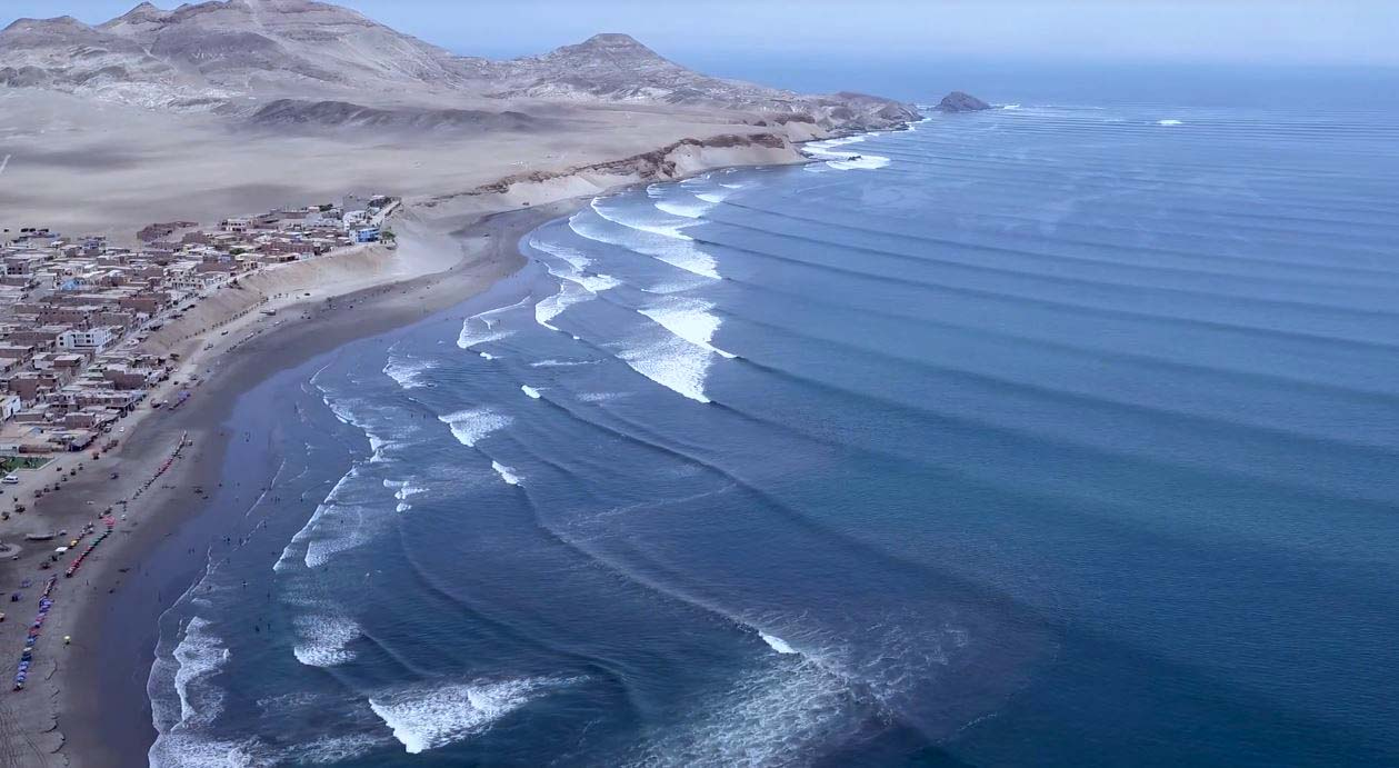 Photo of Puerto Chicama o Malabrigo: Vive la ola izquierda de este paraíso del surf