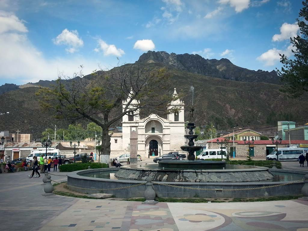 Plaza de armas Chivay - Arequipa