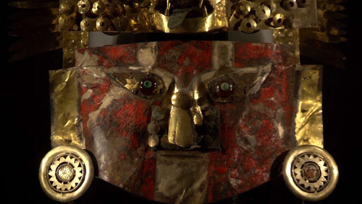 Mascara de oro Sicán