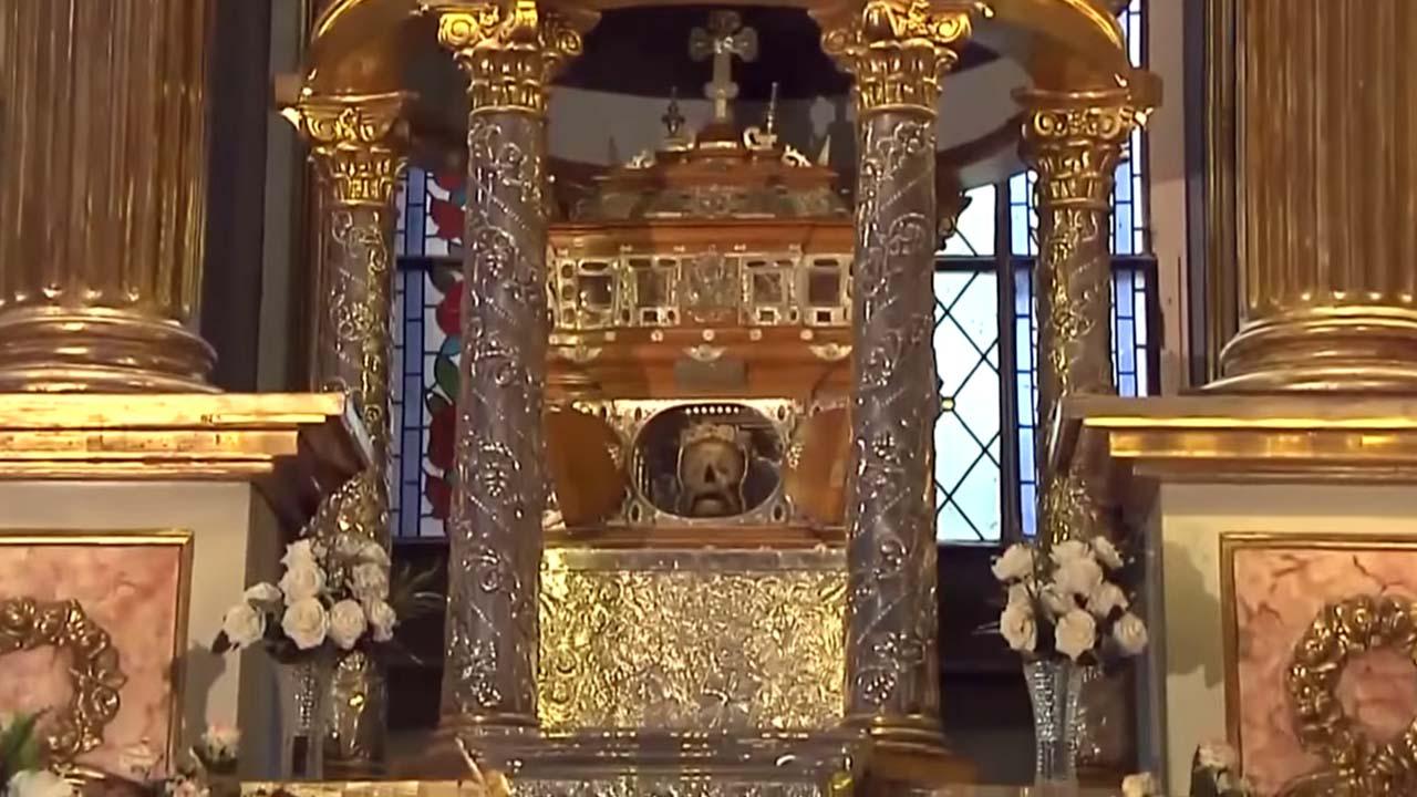 Craneo de Santa Rosa en la iglesia y convento de Santo Domingo